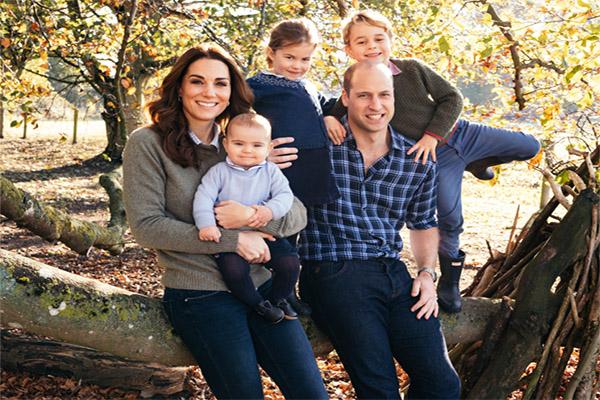 Las tiernas fotos de Kate Middleton y el príncipe Guillermo junto a sus hijos