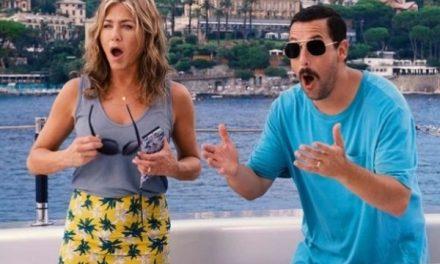 El pedido de Jennifer Aniston a Adam Sandler antes de besarse en 'Murder Mystery'