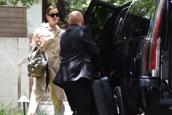 Irina Shayk dejó la casa de Bradley Cooper (Fotos)