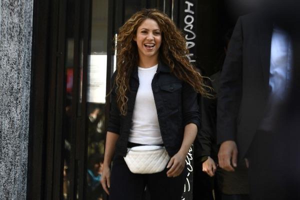 Shakira se defendió de supuesto fraude fiscal en España