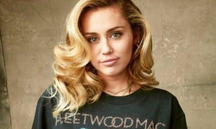 Miley Cyrus usó el mismo traje que Britney Spears (+Foto)