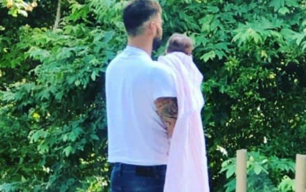 Así le cantó Ricky Martin a su hija Lucía