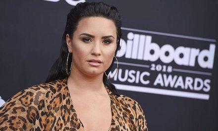 Demi Lovato reafirmó su fe bautizándose en el río Jordán