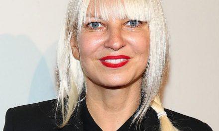 Sia reveló que padece una dolorosa enfermedad neurológica
