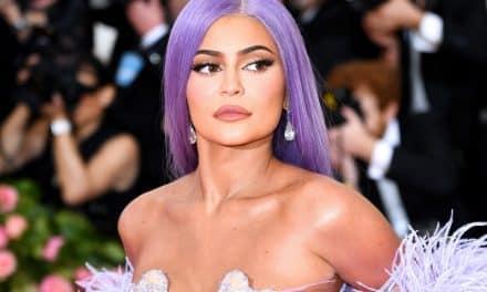 Kylie Jenner dejó atrás las pelucas y mostró su cabello natural