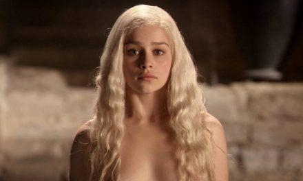 Emilia Clarke confesó que la presionaron para desnudarse en GOT
