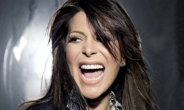 Alejandra Guzmán sorprendió con foto sin maquillaje