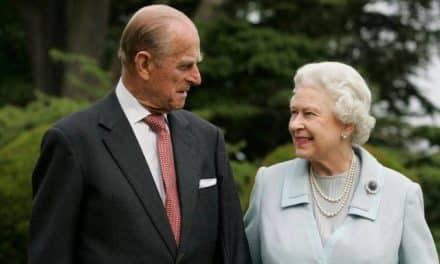 """Muerte de Felipe dejó un """"enorme vacío"""" para la reina Isabel II"""