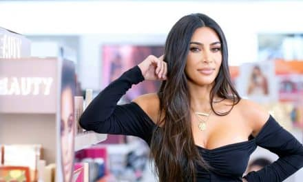 Kim Kardashian se unió al club de los billonarios